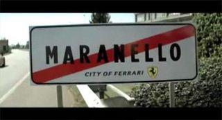 090727-audi-r8-ferrari-publicite-maranello darkplaneur