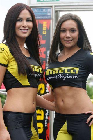 Pirelli_girls