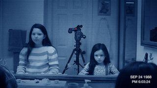 Paranormal-activity-3-de-henry-joost-et-ariel-schulman-10529682bjswn